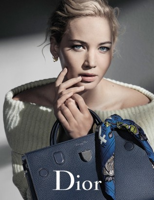 rs_634x821-160902100734-634-dior-jennifer-lawrence-cm-9216-3