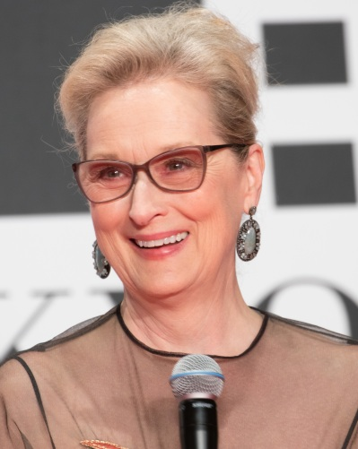 meryl_streep_at_the_tokyo_international_film_festival_2016_283280184604429_28cropped29