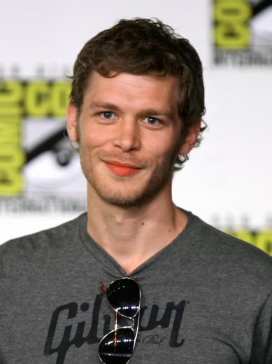 Joseph Morgan at the 2011 Comic Con in San Diego